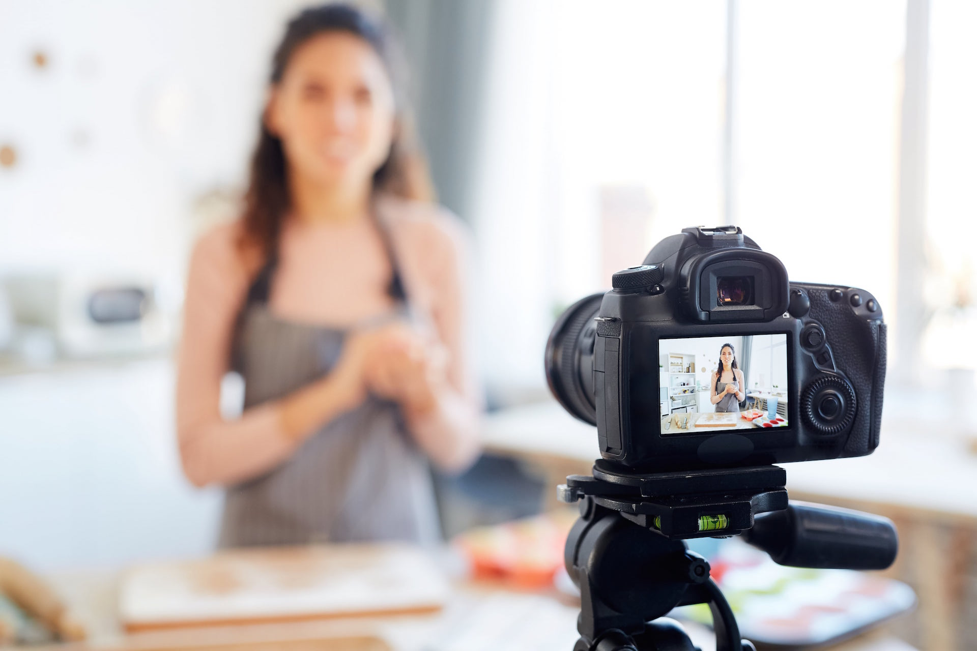 content marketing, What is Content Marketing? Your Complete Go-To Guide what is content marketing? your complete go-to guide What is Content Marketing? Your Complete Go-To Guide food blogger shooting video WZDVDLC min min